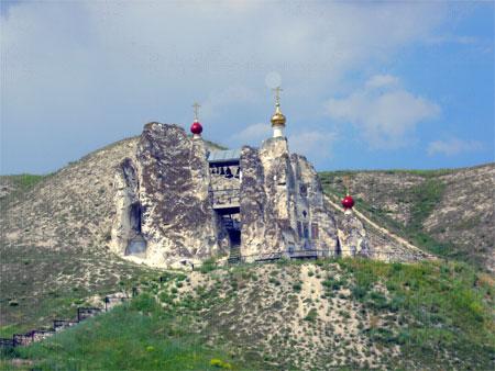 Монастырь в Костомарово